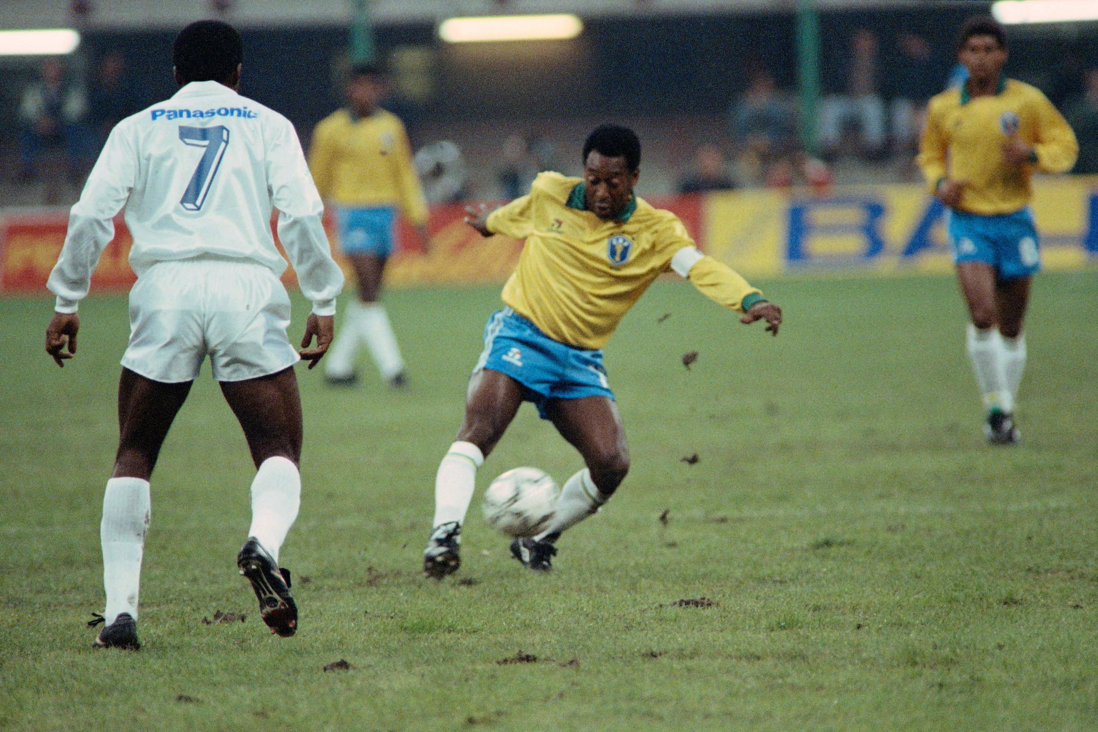 7) Pelé (Brasile): 77 gol