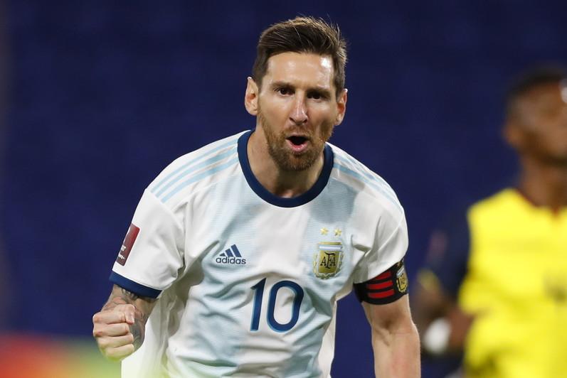 8) Lionel Messi (Argentina): 75 gol