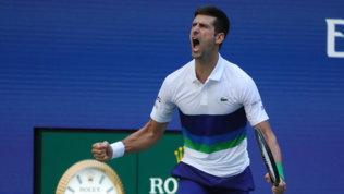 US Open, Djokovic e Zverev passano agli ottavi, fuori Shapovalov