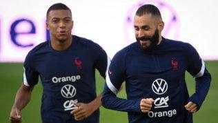 "Benzemaaspetta Mbappéal Real: ""Prima o poi arriva"""