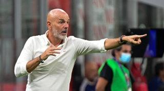 """Pioli: """"È il mio Milan più forte. Ibra e Giroud? Li proverò insieme"""""""