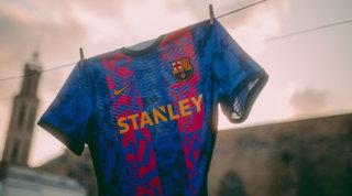 """La maglia """"da Champions"""" del Barça celebra il legame con la città"""