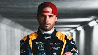Luca Salvadori debutta nella smart e-cup con la vettura SportMediaset