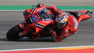 Miller sprigiona la potenza Ducati, Aprilia super