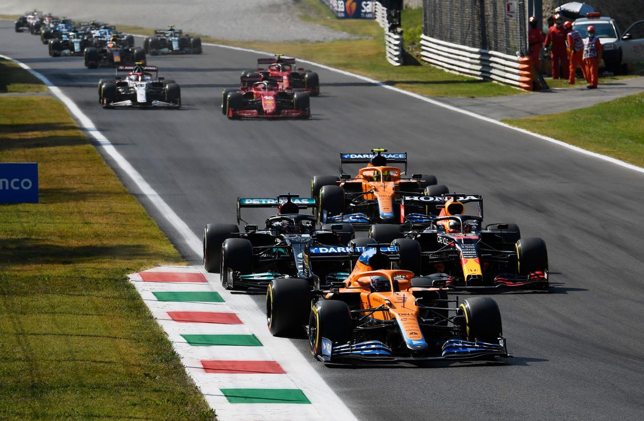 Il GP d&#39;Italia di Formula 1 a Monza ha visto fin dal via momenti di pura adrenalina, culminati con l&#39;incidente tra Verstappen e Hamilton. Alla fine doppietta McLaren con Ricciardo e Norris.<br /><br />