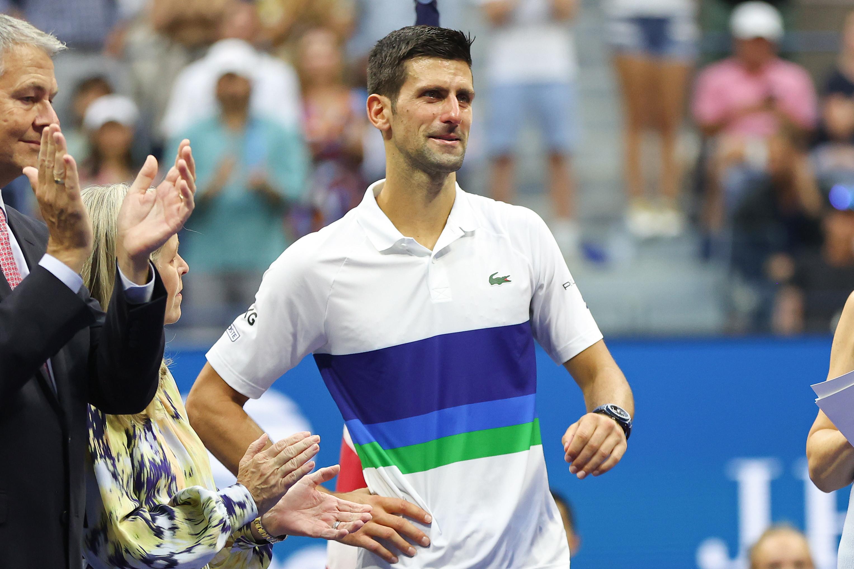 &quot;Stavo pensando prima della partita a cosa avrei detto, se avessi vinto e se avessi perso. Mi avete reso felice, mi avete fatto sentire speciale su un campo da tennis. Avete toccato il mio cuore, non mi ero mai sentito cos&igrave;&nbsp;a New York. Vi voglio bene, ci rivediamo presto&quot;. Novak Djokovic si rivolge cos&igrave;&nbsp;ai suoi tifosi dopo la sconfitta nella finale degli Us Open. &quot;Complimenti a Medvedev, che ha giocato una splendida partita e uno splendido torneo. Se c&#39;era qualcuno che meritava uno Slam in questo momento, sei tu - ha ammesso il campione serbo - Complimenti al tuo team, ti auguro tanti altri Slam e sono sicuro che sarai di nuovo su questo palco in futuro&quot;.<br /><br />