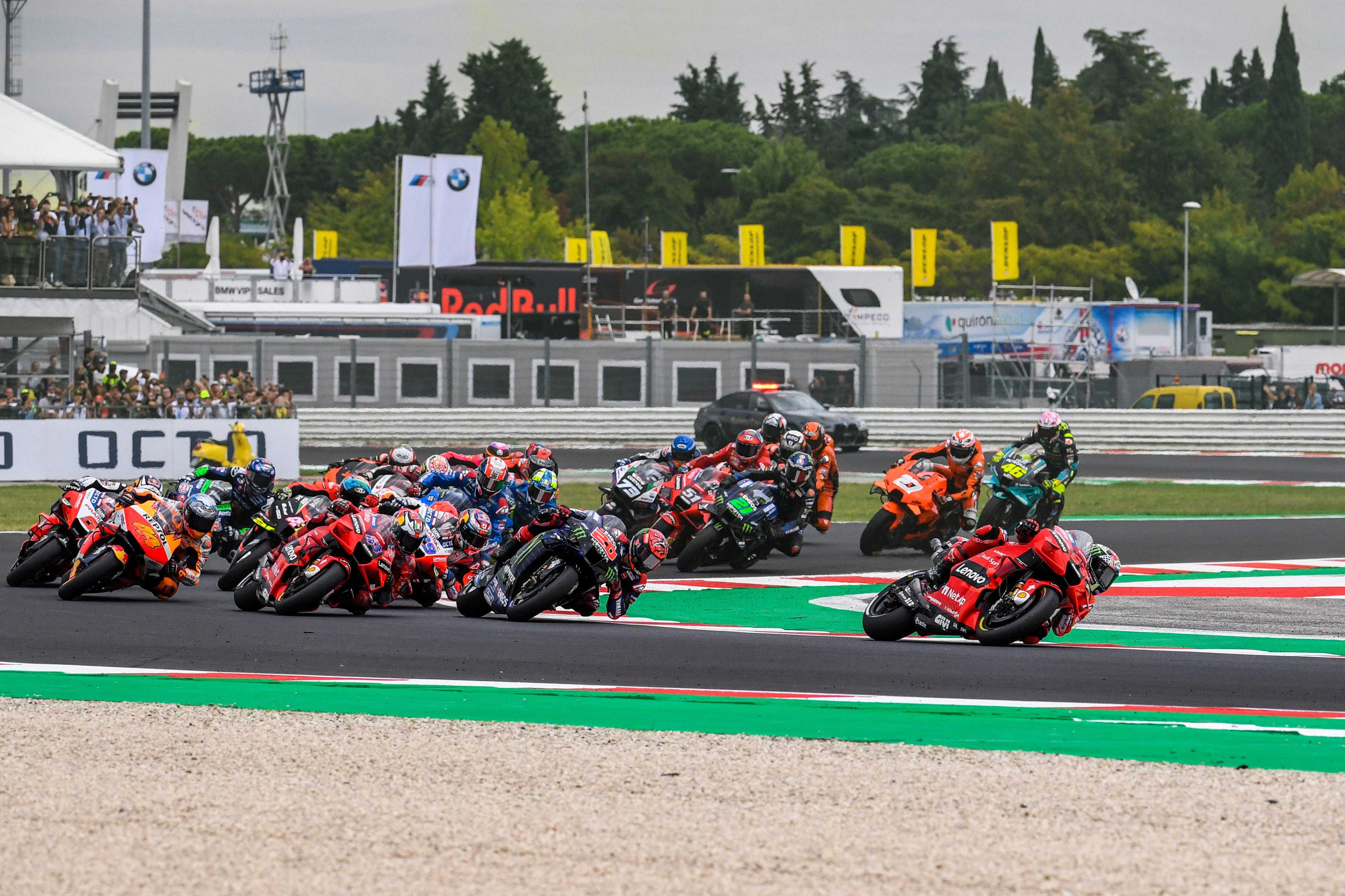 Secondo successo di fila per il pilota Ducati che nel GP di San Marino vince davanti a Quartararo e Bastianini<br /><br />