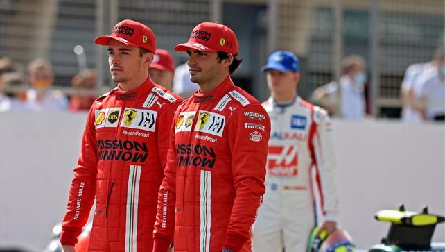 """Sainz: """"Subito buon bilanciamento"""". Leclerc: """"Pista scivolosa"""""""