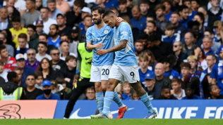 Premier League: pari Liverpool, ma Klopp è in testa davanti a City, Chelsea e United