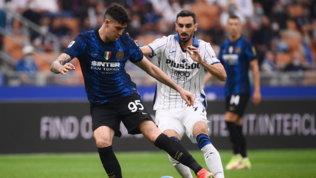 L'Inter ringrazia Dzeko, alla Dea non basta Malinovskyi: pari-show a San Siro