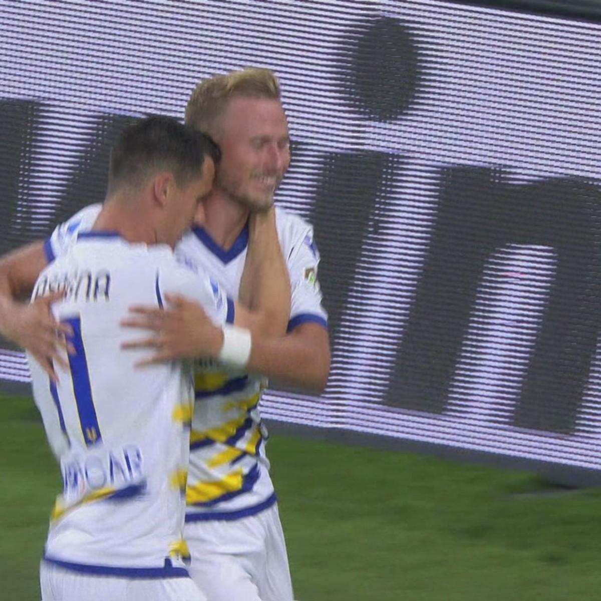 Genoa-Verona 3-3: gli highlights