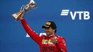"""Sainz: """"Partenza super, poi guai"""". Leclerc: """"Deluso, niente di positivo oggi"""""""