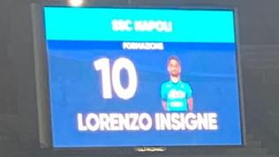 Napoli, errore sul maxi schermo con la 10 a Insigne