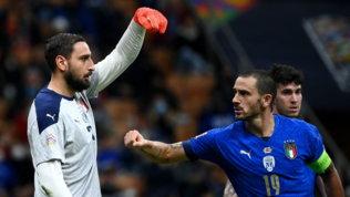 """Donnarumma fischiato, Raiola attacca il Milan: """"Non lo ha difeso in alcun modo"""""""