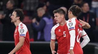 Maehle porta la Danimarca ai Mondiali, triplo CR7 stende il Lussemburgo