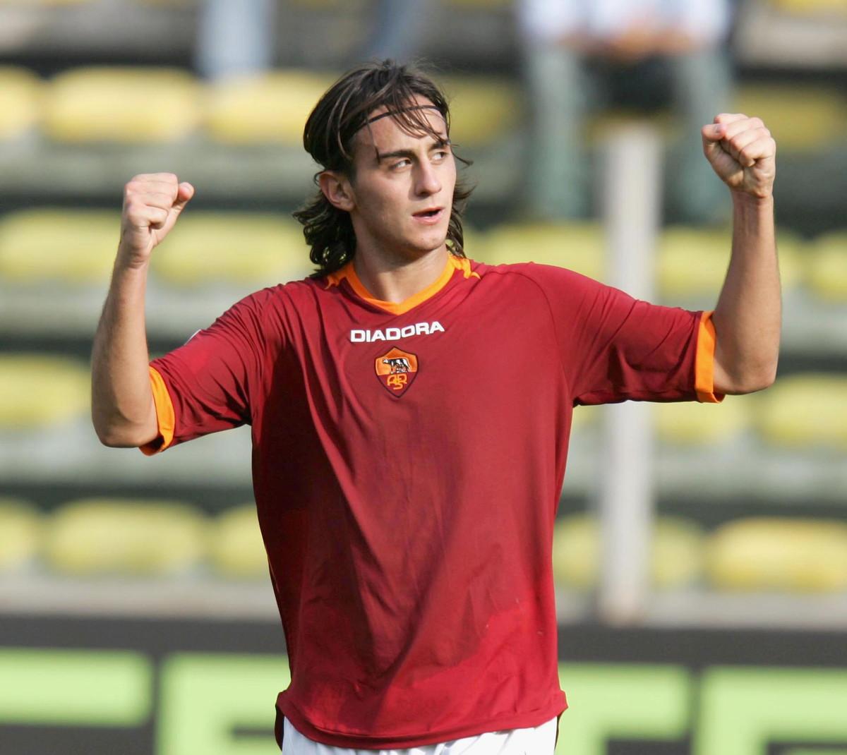 Alberto Aquilani (2002-03 e 2004-09 Roma, 2010-11 Juventus)