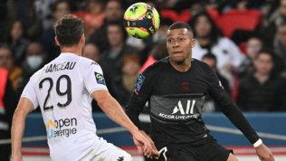 Si sblocca Mbappé, il Psg batte l'Angers in rimonta solo nel finale