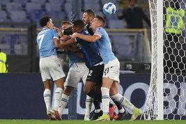 Inzaghi, ritorno amaro all'Olimpico: la Lazio piega l'Inter, ma che rissa