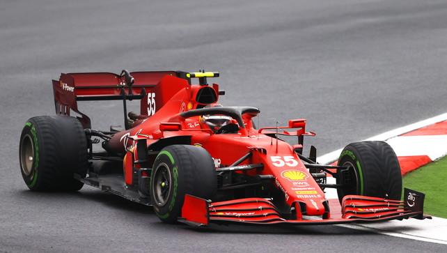 """Sainzguarda avanti: """"Nel 2022 proveremo a portare la Ferrari al vertice"""""""