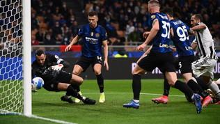 Dzeko e Dybala, il Derby d'Italia finisce 1-1